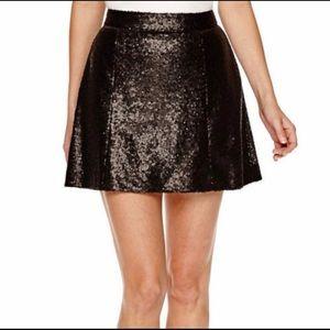 ❇️ Decree Sequined Black Lined Mini Skirt